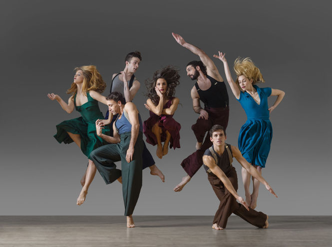 Parsons-Dance-Whirlaway-photo-by-Lois-Greenfield